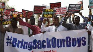 Demonstration mot islamistorganisationen Boko Haram i Nigeria efter att hundratals skolpojkar kidnappats. 17.12.2020