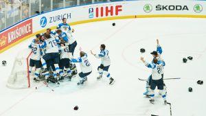 Våren 2019 vann Finlands herrar sensationellt VM-guld. VM 2020, som skulle spelas i Schweiz, inhiberades.