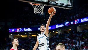 Goran Dragic i EM-finalen mot Serbien.