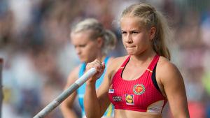 Saga Andersson koncentrerar sig.
