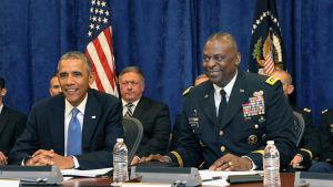 Lloyd Austin som utsågs av president Barack Obama till kommendör i Mellanöstern, var en känd fyrstjärnig general med rätt hög profil.
