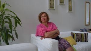 Kristiina Hannila ansvarar för sexualvåldsarbetet i Tjejernas hus i Berghäll.