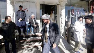 Självmordsattacken utfördes i ett shia-muslimskt område i Kabul