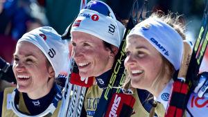 Heidi Weng, Marit Björgen, Stina Nilsson.
