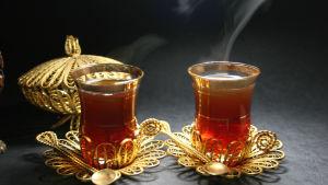 Glas med te.