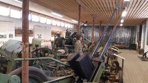 Finsk luftvärnskanon på Hangö frontmuseum.