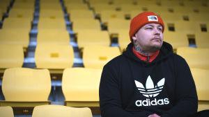 Pele Koljonen på KuPS stadion.