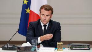 President Macron i Elyséepalatset i Paris den 24 juni 2020.