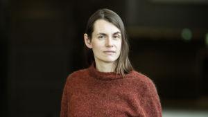 Närbild på dokumentärfilmsregissören Anna-Karin Grönroos.