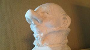 En sällsynt staty på en rumpnisse, kanske en prototyp.
