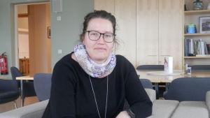 Vicerektor Cecilia Hägglund-Nygård vid gymnasiet i Jakobstad