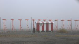 dimman ligger över kronoby flygfält