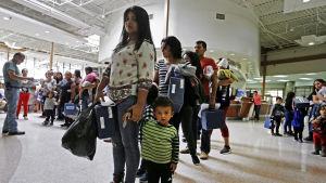 Immigranter vid mexikanska gränsen
