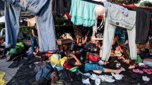 Medlemmar av den första större migrantkaravanen i staden Pijijiapan, Chiapas i Mexiko i slutet av förra veckan.