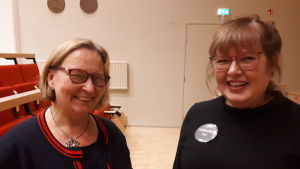 Stadsdirektör Kristina Stenman och finska arbetarinstitutets rektor Päivi Rosnell