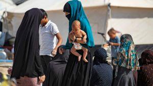 Kvinnor och barn i lägret al-Hol i nordöstra Syrien 17.10.2019