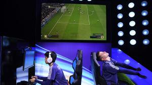 Spelare reagerar under VM i Fifa.