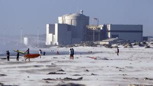 Sydafrikas enda kärnkraftverk, Koeberg, 30 km nordväst om Kapstaden