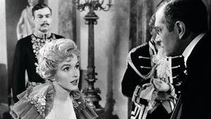 Marilyn Monroe ja Laurence Olivier elokuvassa Prinssi ja revyytyttö