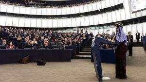 Människorättsaktivisten Nadia Murad i Europaparlamentet