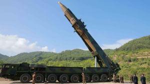 Nordkorea provsköt i Juli den nya långdistansmissilen Hwasong-14 som kan nå stora delar av västra USA