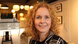 Elisabeth Peregi är tillförordnad vd för Lindex.
