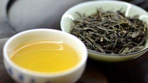en kopp grönt te