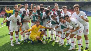 Portugals spelare poserar för kameran.