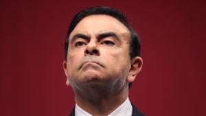 Vd Carlos Ghosn.
