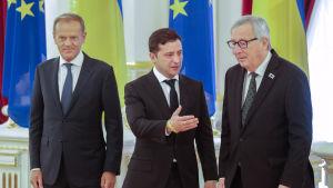 Volodymyr Zelenskyi på besök i Bryssel. Träffar Jean-Claude Juncker och Donald Tusk.