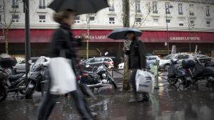 Gatuvy från Paris den 22 december 2012