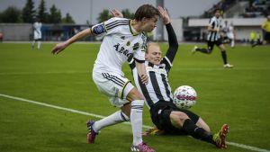 AIK var det klart starkare laget i matchparet.