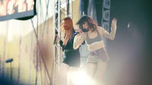 Icona pop uppträder på Ruisrock 2016