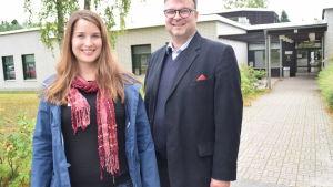 Ann-Katrin Bender är styrelseordförande för VNF och Henrik Grönroos är rektor.