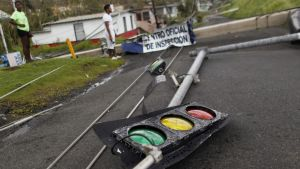 Trafikljus i spåren efter orkanen Maria i Luquillo i Puerto Rico.