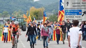 Demonstranter blockerade också flera av de största motorvägarna i Katalonien