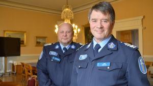 Polischef Kari Rantala och vice polischef Ari Karvonen.
