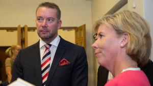 Stefan Wallin och Anna-Maja Henriksson