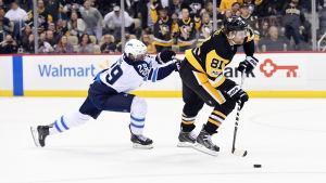 Patrik Laine jagar Phil Kessel i NHL.