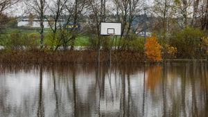 Espoon kirkkojärven tulviminen