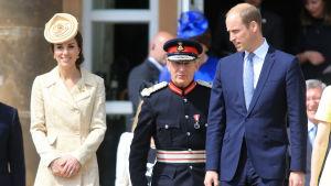 Hertiginnan av Cambridge och prins William i Nordirland 14.6.2016
