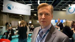Timo Närhi on hammaslääkäri ja professori.
