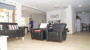 Ett av två vardagsrum på Kårkulla samkommuns boende i Österby i Ekenäs.