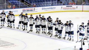 Finlands spelare på rad.