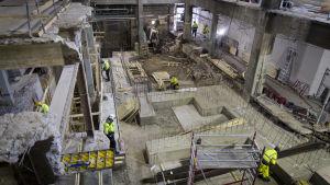 Rakennustyömaa johon rakennetaan uusi sädehoitolaite hyks Helsinki