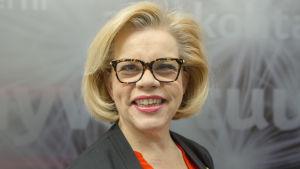 Hanna Markkula-Kivisilta Aamu-Tv:n lämpiössä.