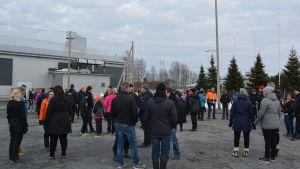 Fotbollsvänner samlades i Bennäs för att stöda hallprojektet