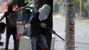 Studenter drabbade samman med kravallpolis i Managua på lördagen.