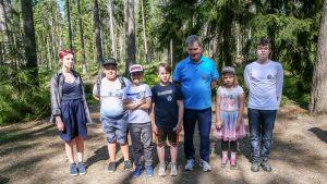 Presidentin luontoretkiryhmä Mustikka
