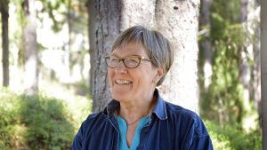 Gunn-Britt Sundholm minns hur vackert det var vid Nelins villa i hennes barndom.